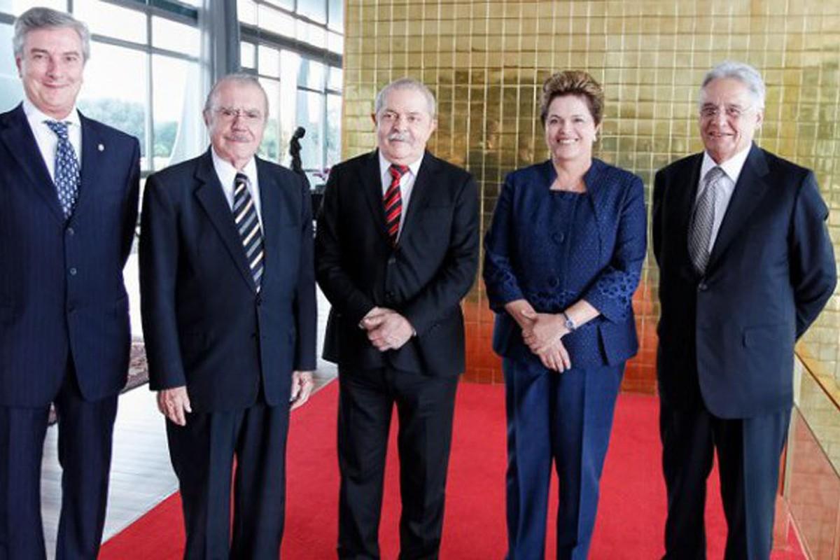 25 anos de história sócio-econômica do Brasil em menos de três minutos!